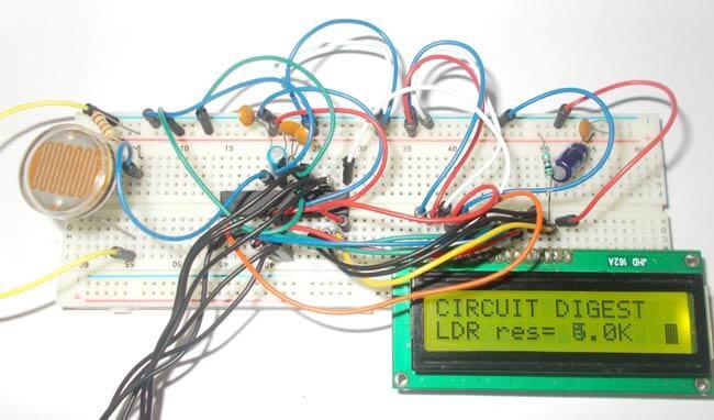 Измерение интенсивности света с помощью фоторезистора и микроконтроллера AVR: внешний вид