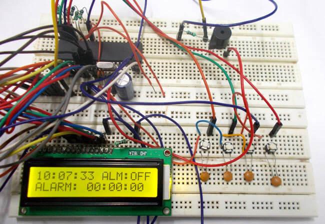 Будильник на микроконтроллере AVR ATmega32: внешний вид