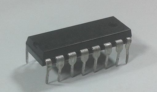 Внешний вид микросхемы драйвера мотора L293D