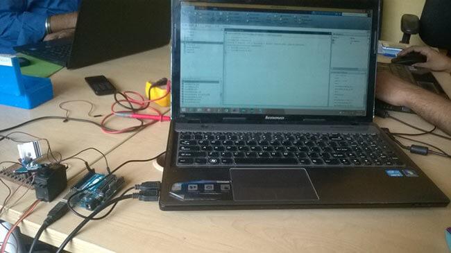 Управление сервомотором с помощью MATLAB и Arduino: внешний вид