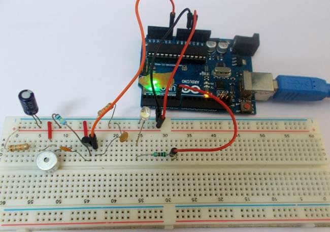 Переключатель по хлопку на Arduino Uno: внешний вид конструкции