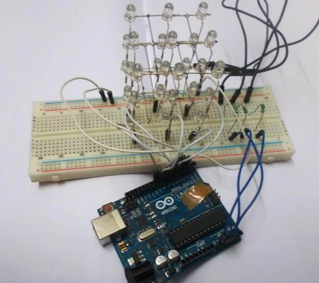 Внешний вид светодиодного куба 3х3х3 на Arduino Uno