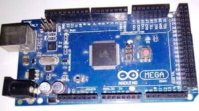 Внешний вид платы Arduino Mega