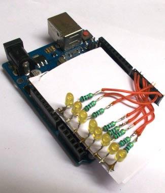 Подключение светодиодов к плате Arduino (с другого ракурса)