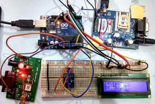 Внешний вид системы предупреждения об авариях автомобилей на основе платы Arduino