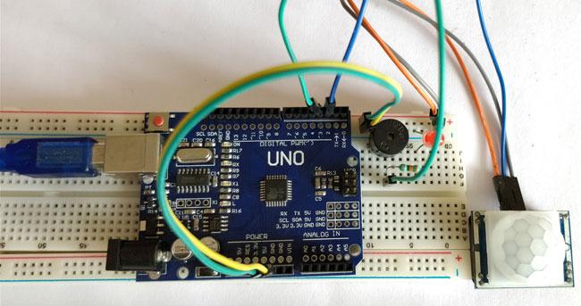 Внешний вид детектора движения с использованием Arduino и PIR датчика
