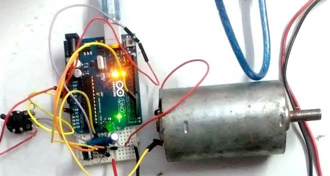 Управление скоростью вращения двигателя с помощью нашего понижающего проеобразователя