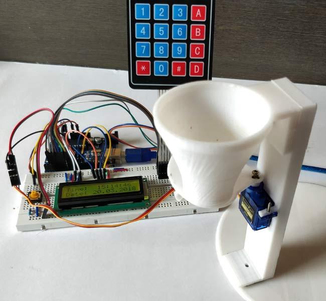 Внешний вид автоматической кормушки для животных на Arduino