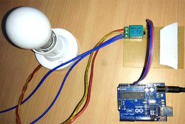Внешний вид подключения реле к Arduino Uno