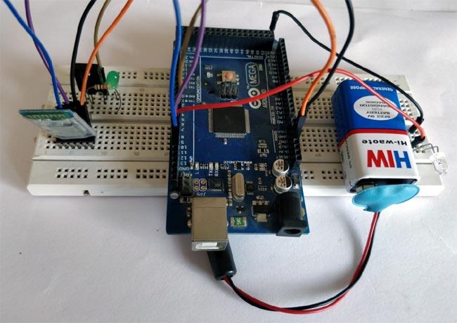 Внешний вид пульта управления кондиционером на основе Arduino и смартфона