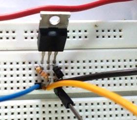 Внешний вид MOSFET транзистора в нашем проекте