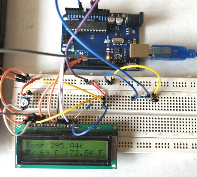 Внешний вид проекта для измерения температуры с помощью терморезистора и Arduino
