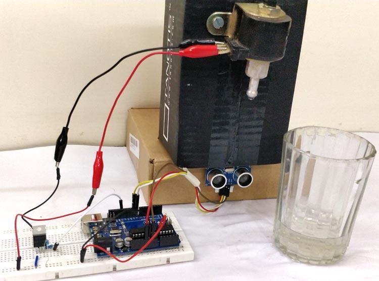 Внешний вид автоматического дозатора воды на Arduino Uno