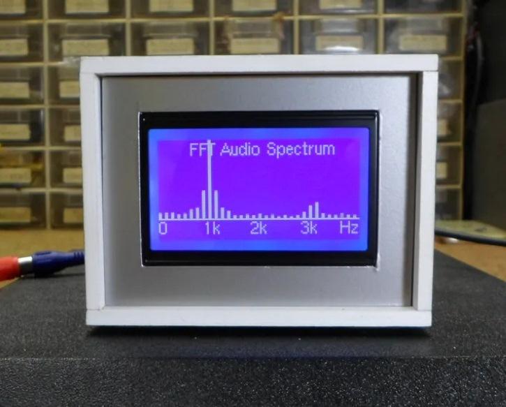 Внешний вид анализатора спектра звуковых частот на основе Arduino