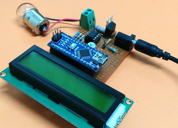 Внешний вид самодельного ваттметра на основе Arduino
