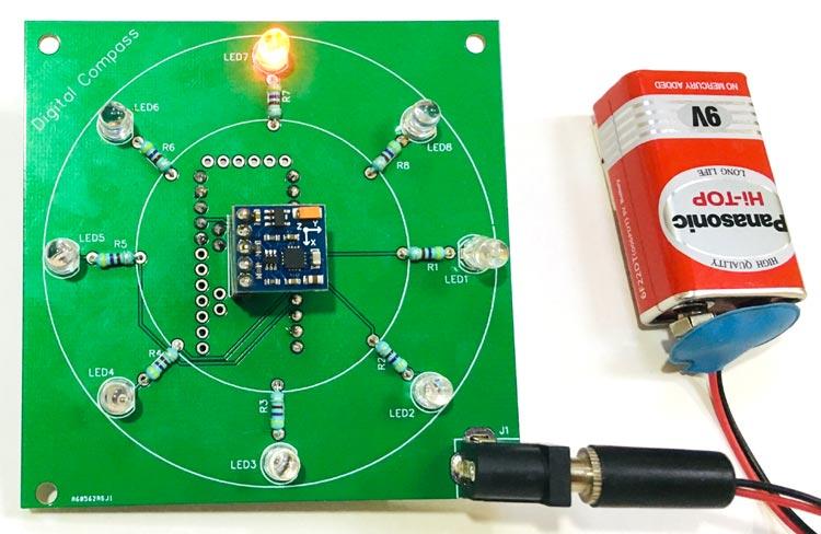 Внешний вид цифрового компаса на основе Arduino и магнитометра HMC5883L