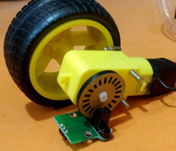 Установка датчика скорости H206 на колесо