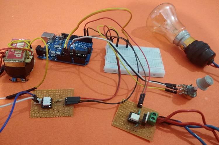 Внешний вид регулятора силы света на Arduino и симисторе