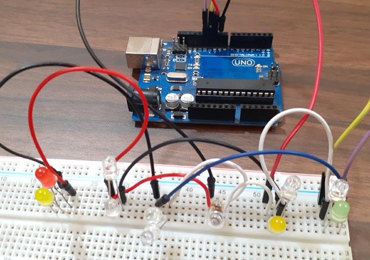 Демонстрация технологии чарлиплексинга (Charlieplexing) в Arduino