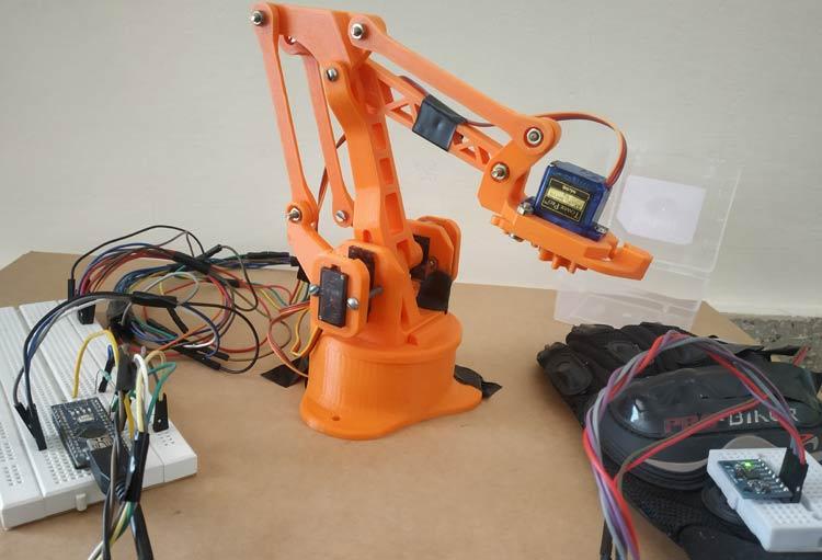 Тестирование работы роботизированной руки