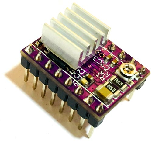 Внешний вид модуля драйвера двигателя DRV8825