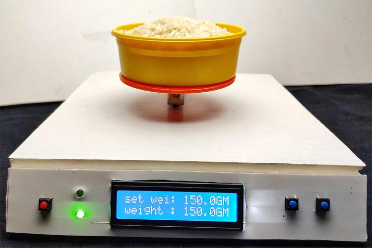 Внешний вид электронных весов на Arduino с опцией предварительной установки веса