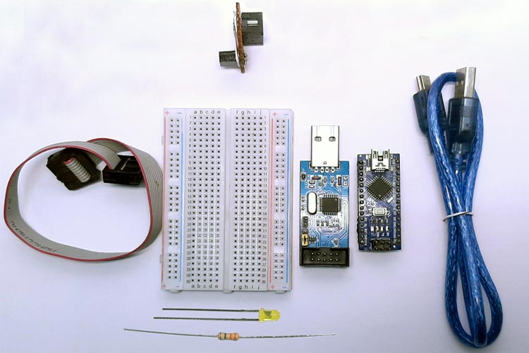 Внешний вид клмпонентов для чтения/изменения фьюзов в микроконтроллере AVR