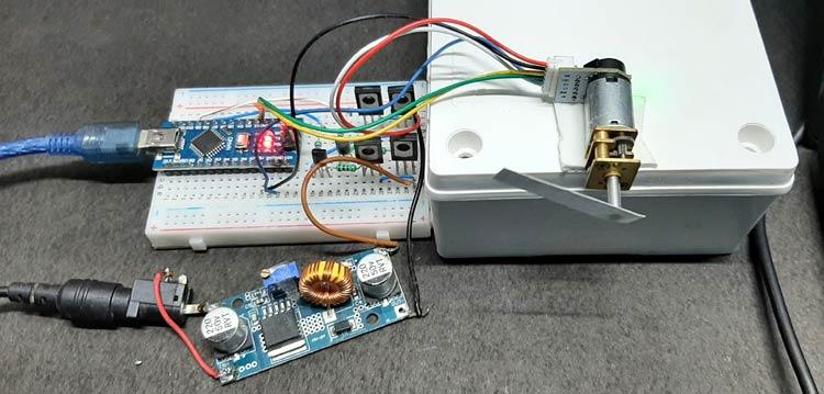 Тестирование работы PID контроллера двигателя