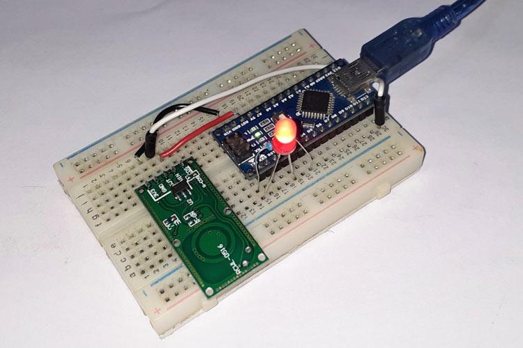 Внешний вид подключения доплеровского датчика движения RCWL-0516 к Arduino