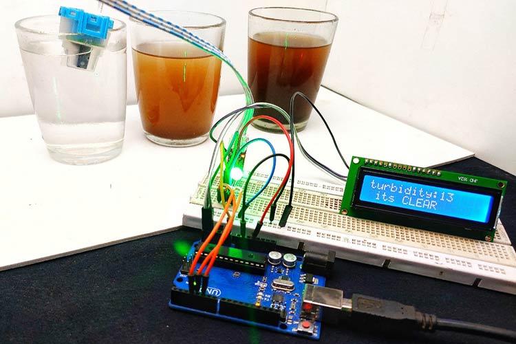 Внешний вид проекта определения качества воды с помощью Arduino и датчика мутности