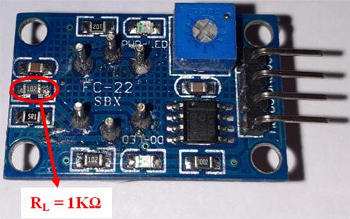 Местоположение нагрузочного резистора RL на плате модуля датчика MQ-135