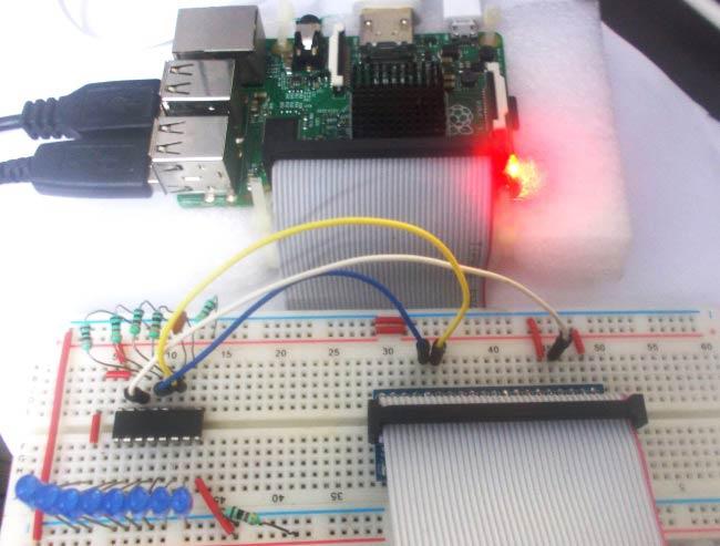 Внешний вид подключения регистра сдвига 74HC595 к Raspberry Pi