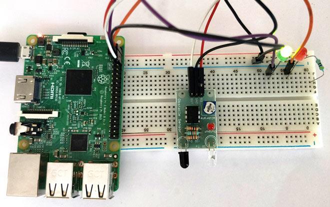 Внешний вид подключения инфракрасного датчика к плате Raspberry Pi
