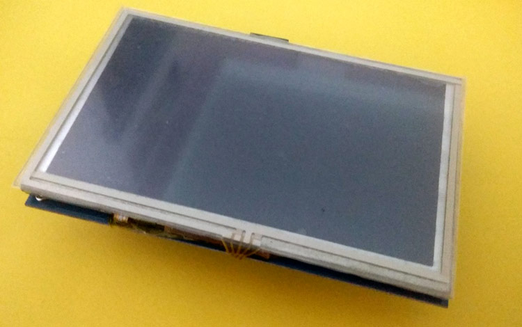Сенсорный TFT дисплей с диагональю 5 дюймов